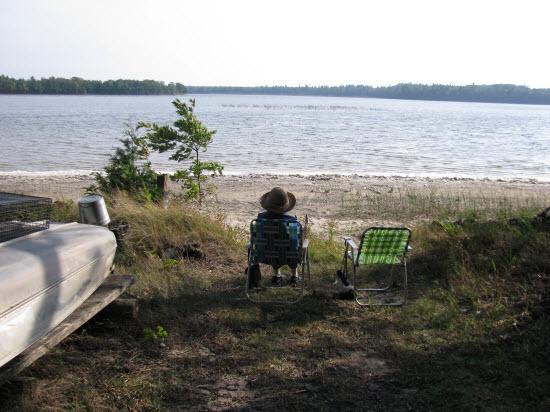 Font Lake Fishing Retreat