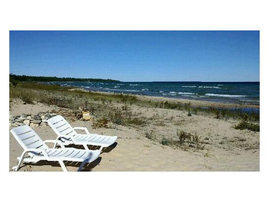 McSweeney's-Cabin-beach-looking-north550x412