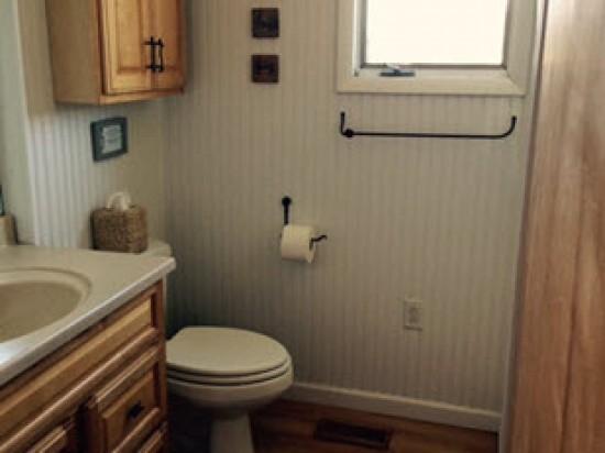 bathroom-r