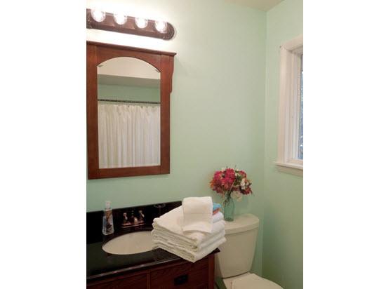 vanity bathroom 2